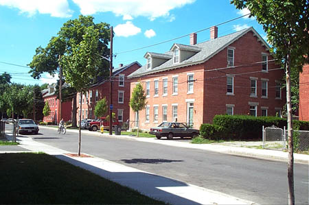 Main Street - Lonsdale
